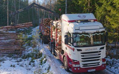 lastbilen_lastar